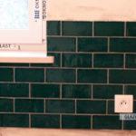 Vives, płytka ścienna typu cegiełka, zielona